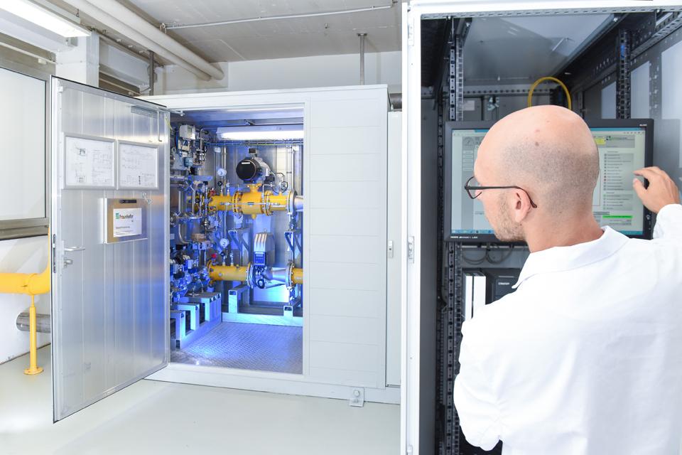 Wasserstoff-Pilotanlage: Das Fraunhofer ISE erprobt bereits seit zwei Jahren die Wasserstoffeinspeisung in das Erdgasverteilnetz.